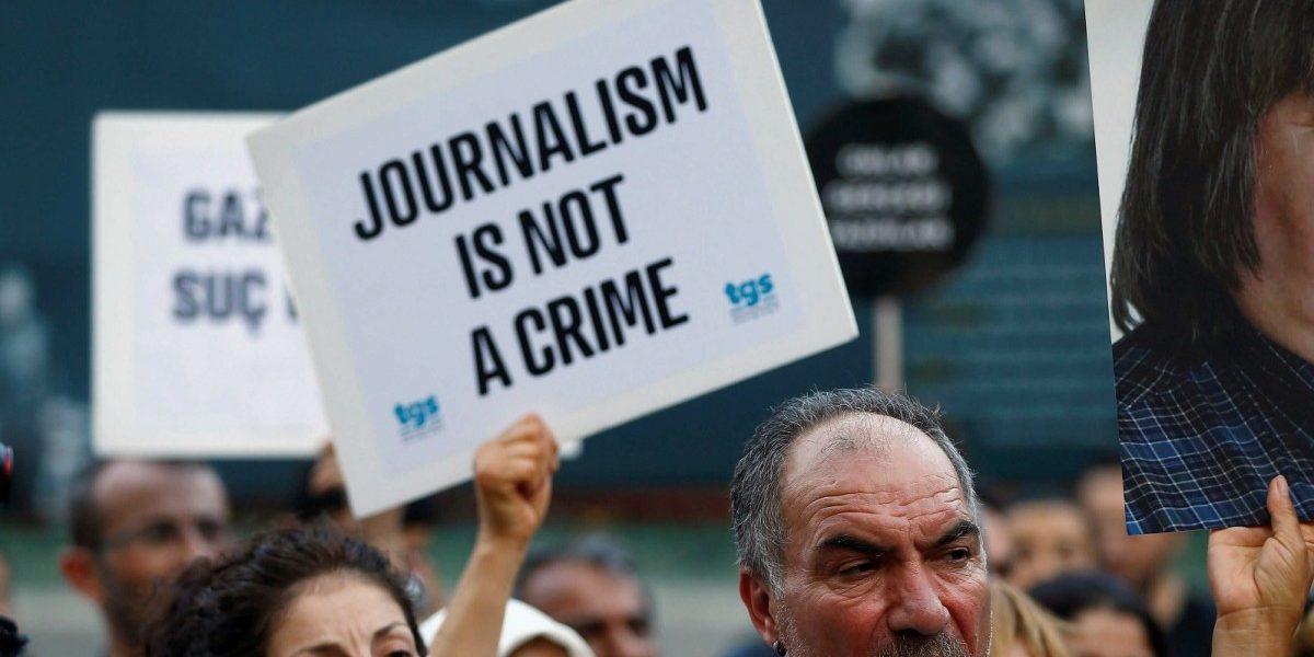 مقبوضہ جموں و کشمیر : گرفتار صحافیوں کو جیل منتقل کر دیا گیا