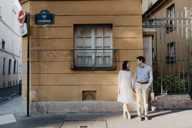 Engagement photo Paris street sunshine