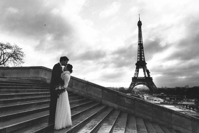 Winter wedding paris photography eiffel tower trocadero