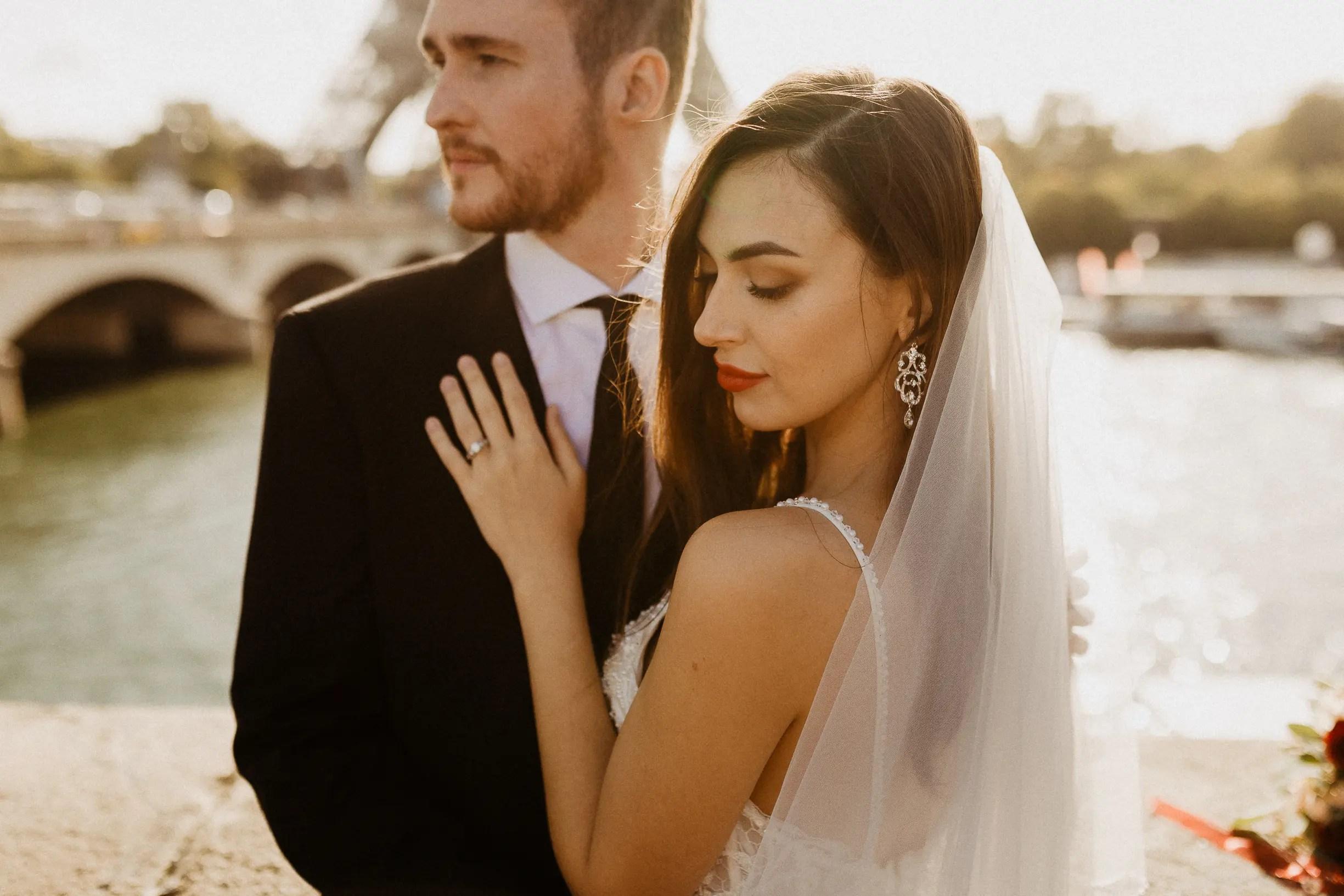 Intimate wedding portrait - paris photographer