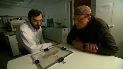 Simcha Jacobovici (right) in the Dead Sea Scrolls vault, Jerusalem