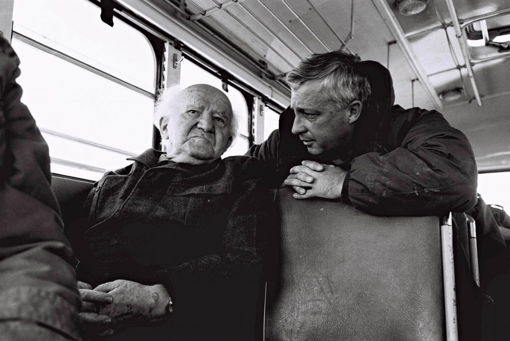 David Ben Gurion (left) and then-major general Ariel Sharon during a bus ride along the Israeli Army positions on the Egyptian border in 1973 (Photo credit: IDF/Flash90)