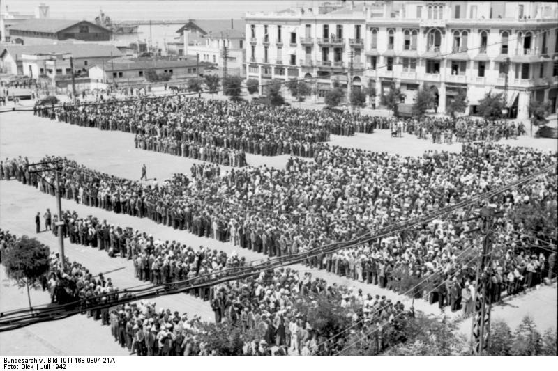 Jews in Salonika registering at Libery Square in July 1942. (Bundesarchiv)