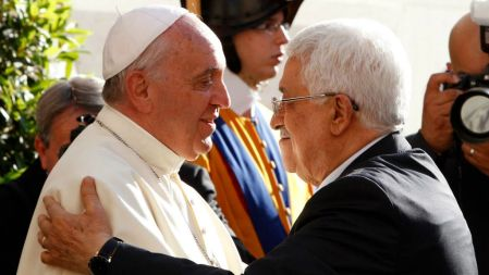 Image result for pope francis welcomes palestinian embassy