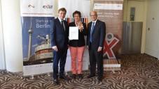 Les responsables israéliens et allemands annoncent l'expansion du programme EXIST à Israël à Tel-Aviv, le 29 juin 2015.  (Rolf Dolek)