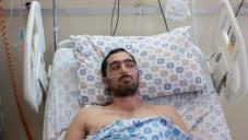 La victime de l'attaque au couteau Ben Moyal au Centre médical Shaare Zedek à Jérusalem le 10 août 2015 (Crédit : Yonatan Sindel / Flash90)