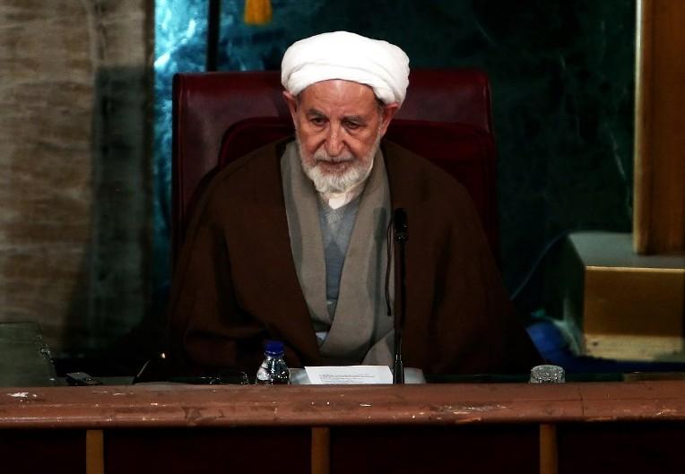 L'ancien chef de la justice iranienne Mohammad Yazdi assistant à une session de l'Assemblée des experts dans la capitale Téhéran, le 10 mars, 2015 (Crédit : AFP / BEHROUZ MEHRI)