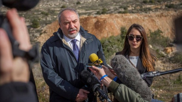 Defense minister urges no appeal for Hebron shooter ...