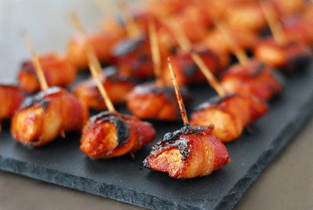 Sweet & Spicy Sriracha Bacon Chicken Bites