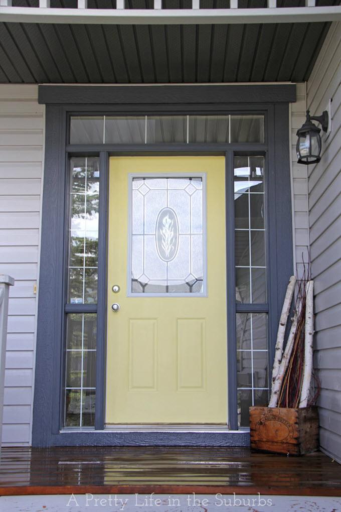 13 Frugal Front Door Painting Ideas - Tip Junkie on Garage Door Paint Ideas  id=57643