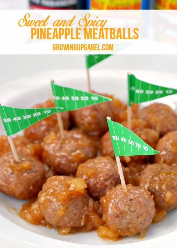 Sweet and Spicy Pineapple Meatballs