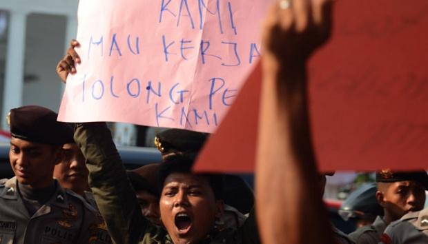 Istana Jokowi Dikepung Buruh, Ini 10 Tuntutannya