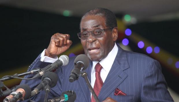 Presiden Zimbabwe, Robert Mugabe memberikan pidato dalam acara ulang tahunnya ke-92 di Harare, 27 Februari 2016. AP/Tsvangirayi Mukwazhi