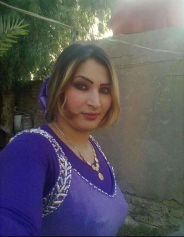 Приватные фото мамки из Ирака, на одном из них она ...