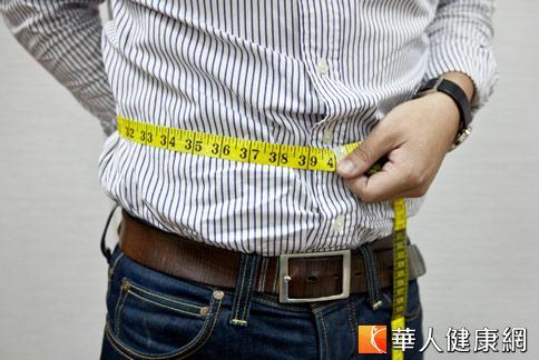 英國一項調查發現,肥胖心臟病患者的存活率較體重正常範圍者高。(攝影/黃志文)