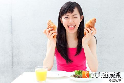減肥莫忘早餐吃得巧,建議可以多攝取高纖維、高蛋白質,低糖、低油脂的食物。