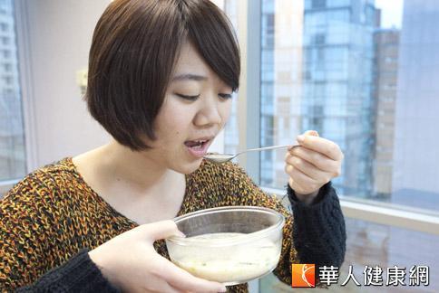 如果消費者仍然擔心毒澱粉攝取過量,不妨利用中醫茶飲來排除毒素。(攝影/黃志文)