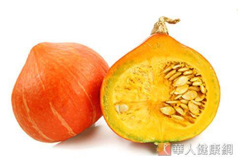 南瓜屬於高GI值的主食類食物,雖然研究認為其有降血糖的作用,但仍不宜過量攝取。