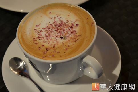 咖啡因可以幫助抵抗身體內的發炎反應,搭配運動對於身體也有益處。(攝影/洪毓琪)