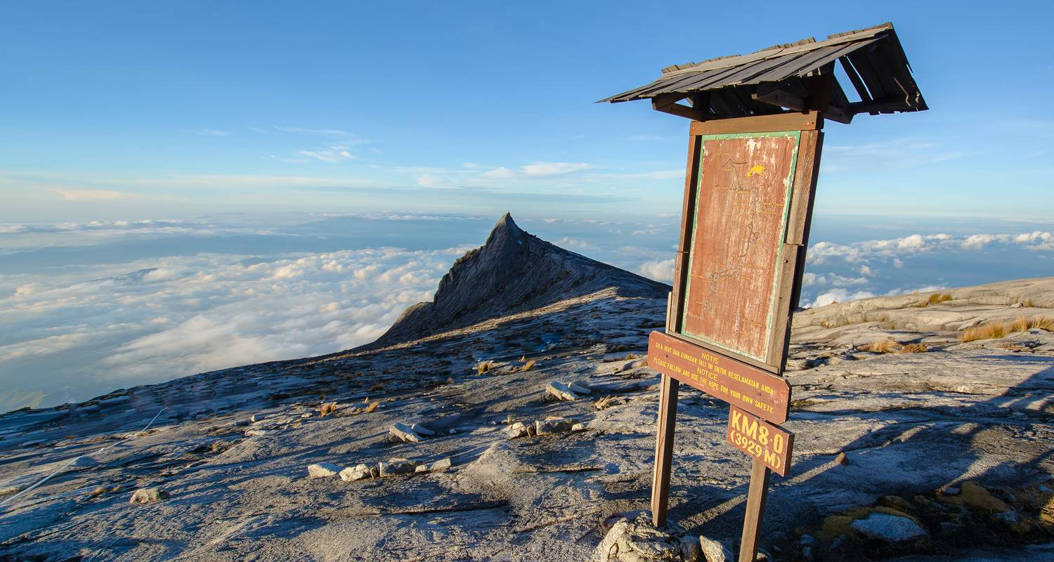 Climb malaysia mountains there are hundreds to choose from. Trek Mt Kinabalu By G Adventures With 3 Tour Reviews Code Aamk Tourradar