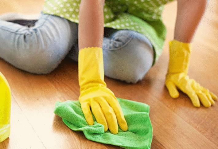 comment laver un parquet tout pratique