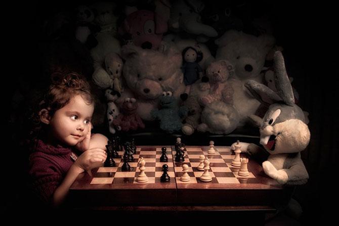 Poza 8 - Tatal care si-a fotografiat fetita in stil de tablou clasic