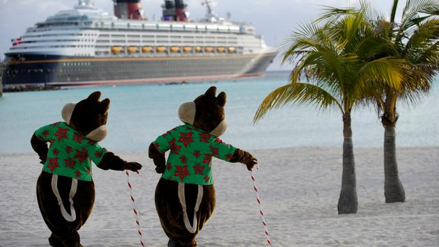 Castaway Cay gets the holiday treatment too