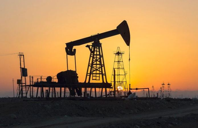 Oil prices retreat after OPEC+ standoff