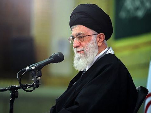 Photo: Iran favors unity among world Muslims, Khamenei says / Politics
