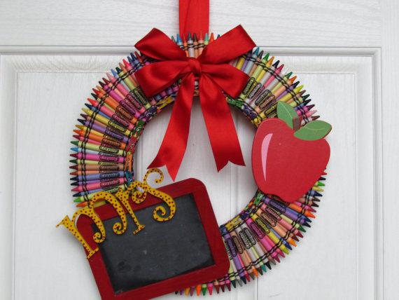 Handmade Teachers Day Gifts Crayon Wreath