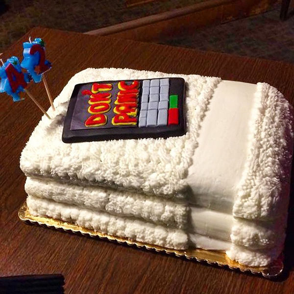Comedic Sci Fi Cakes Funny Cake