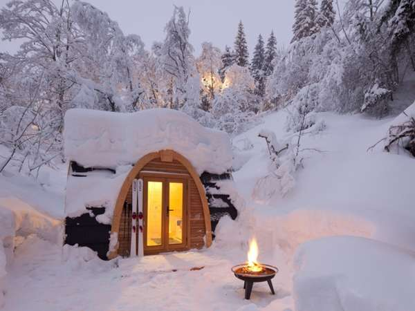 Snow Shelter Resorts: The POD Hotel by Robust Outdoor ...
