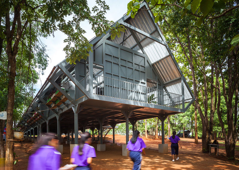 Elevated Earthquake Proof Schools Raised Above The Ground