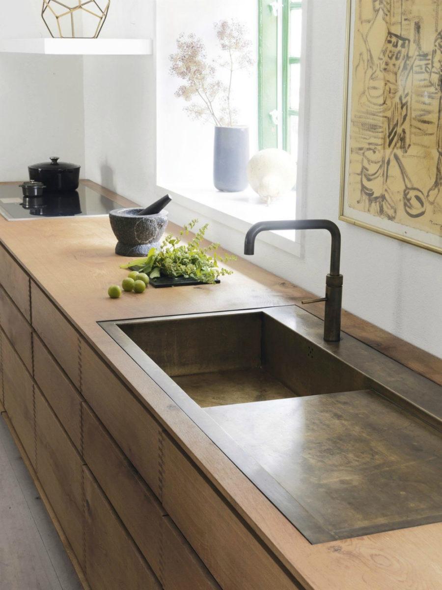 Modern Kitchen Sink Designs That Look to Attract Attention on Kitchen Sink Ideas  id=60857