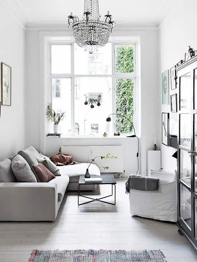 40 Small Room Ideas To Jumpstart Your Redecorating on Small Room Decoration  id=40355