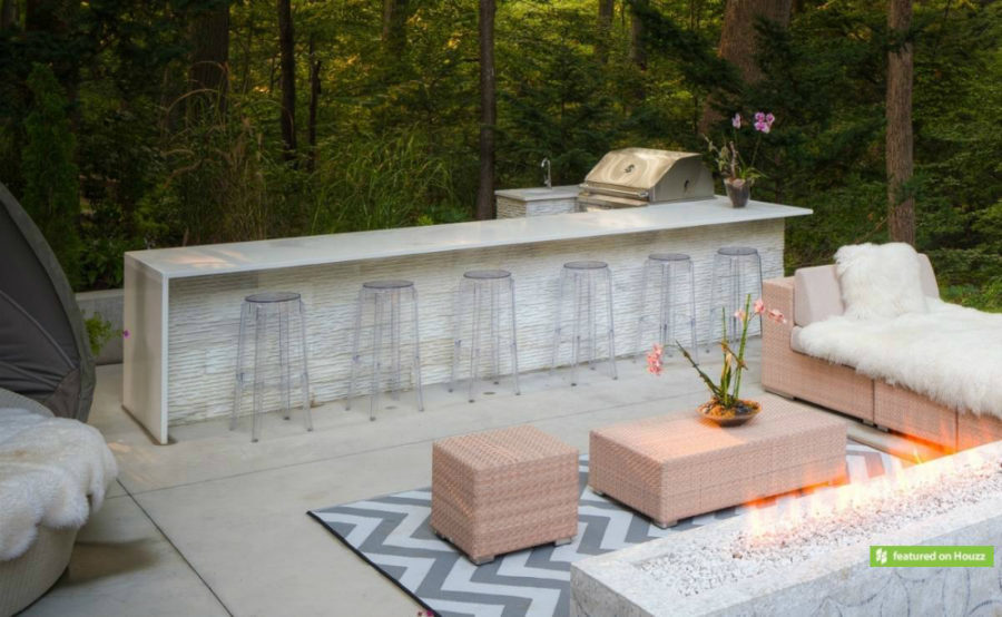 20 Modern Outdoor Bar Ideas To Entertain With! on Patio With Bar Ideas id=30894