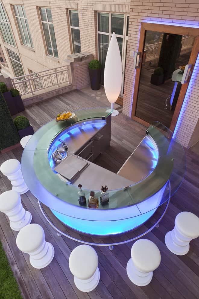 20 Modern Outdoor Bar Ideas To Entertain With! on Backyard Lounge Area Ideas id=59530