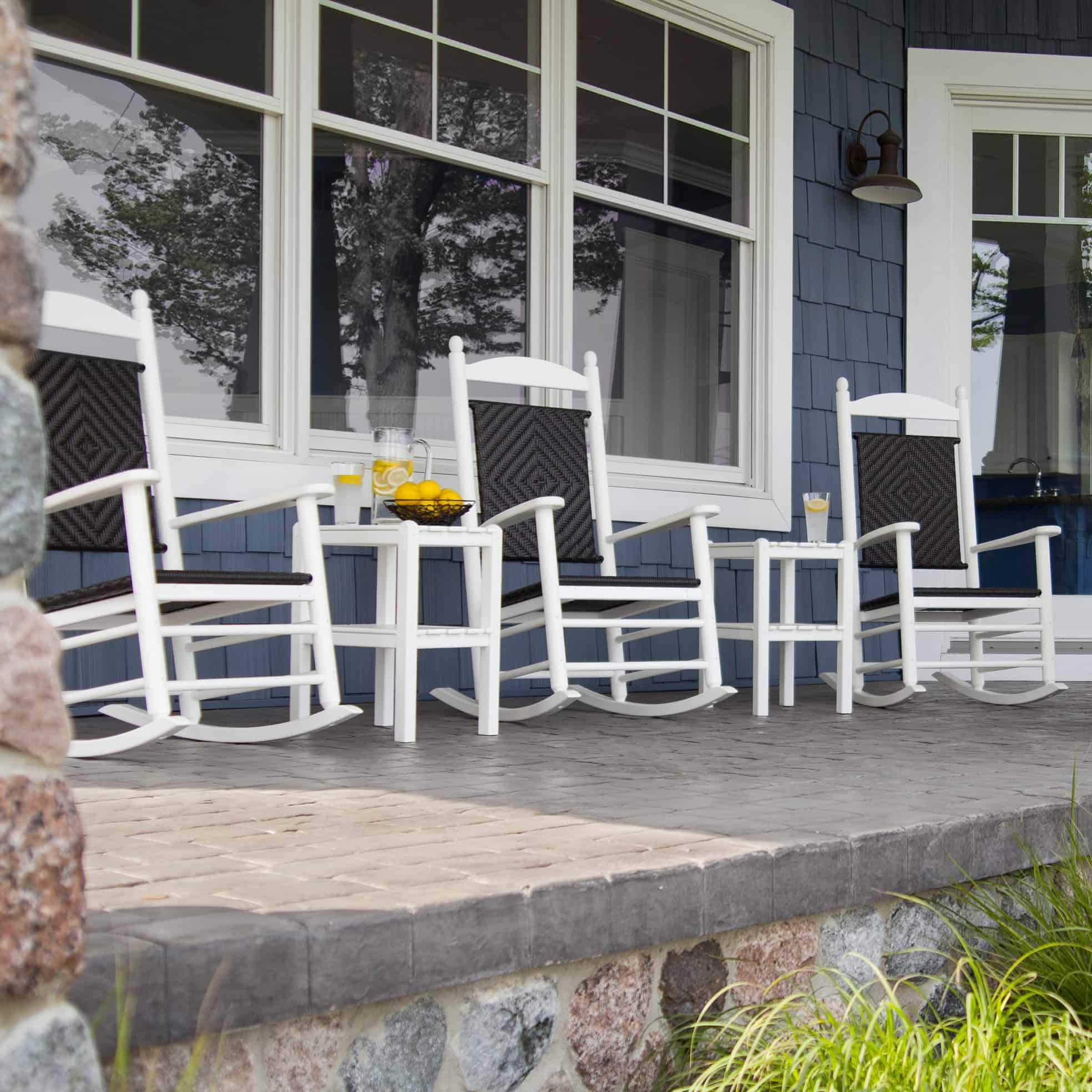 15 Super Simple Back Porch Ideas on Simple Back Deck Ideas id=33736
