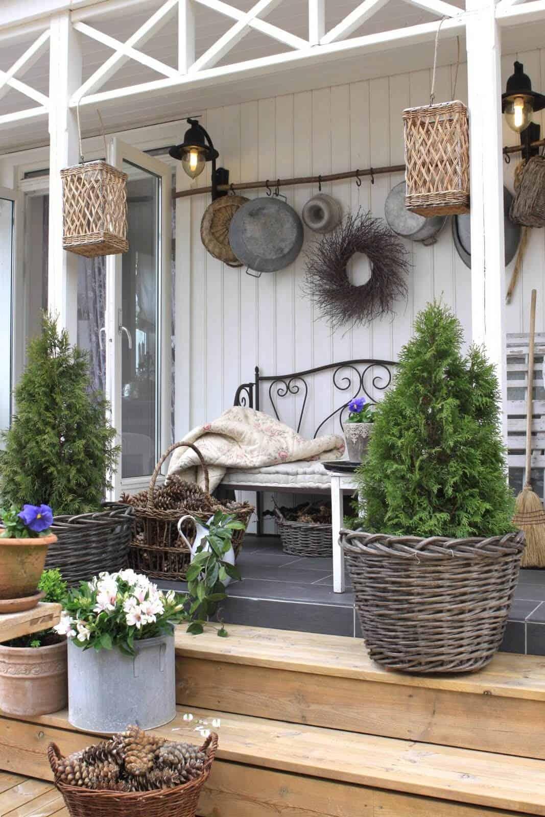Rustic Farmhouse Porch DéCor on Country Patio Ideas id=62912