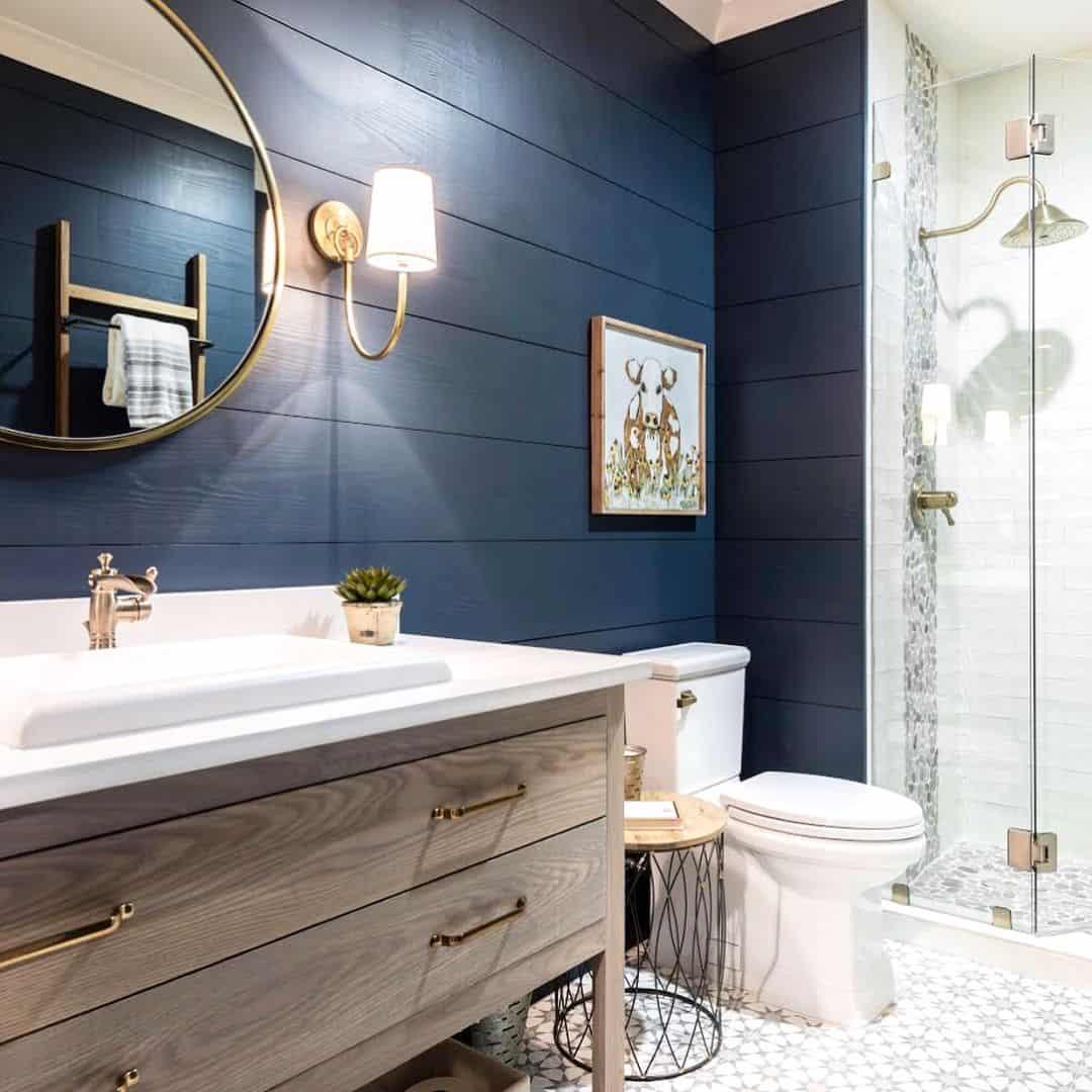 Master Bathroom Redecorating Ideas on Restroom Ideas  id=35442