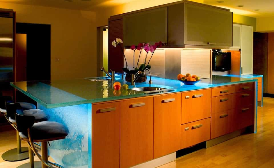Modern Kitchen Countertops from Unusual Materials: 30 Ideas on Modern Kitchen Counter  id=12640