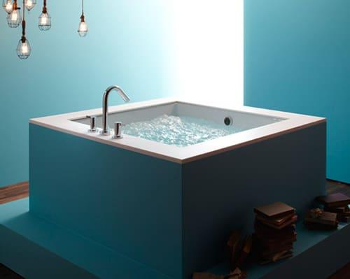 Cube Bathtub New Underscore Cube BubbleMassage Bath By