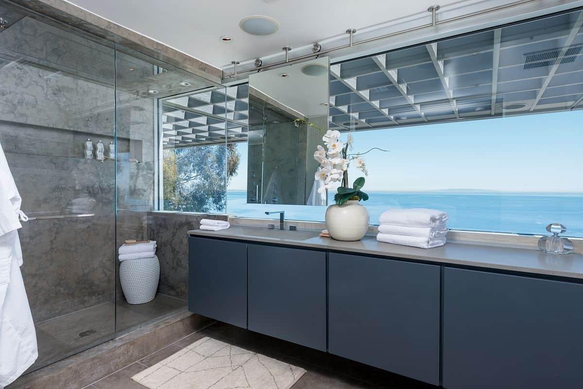 London Themed Bathrooms