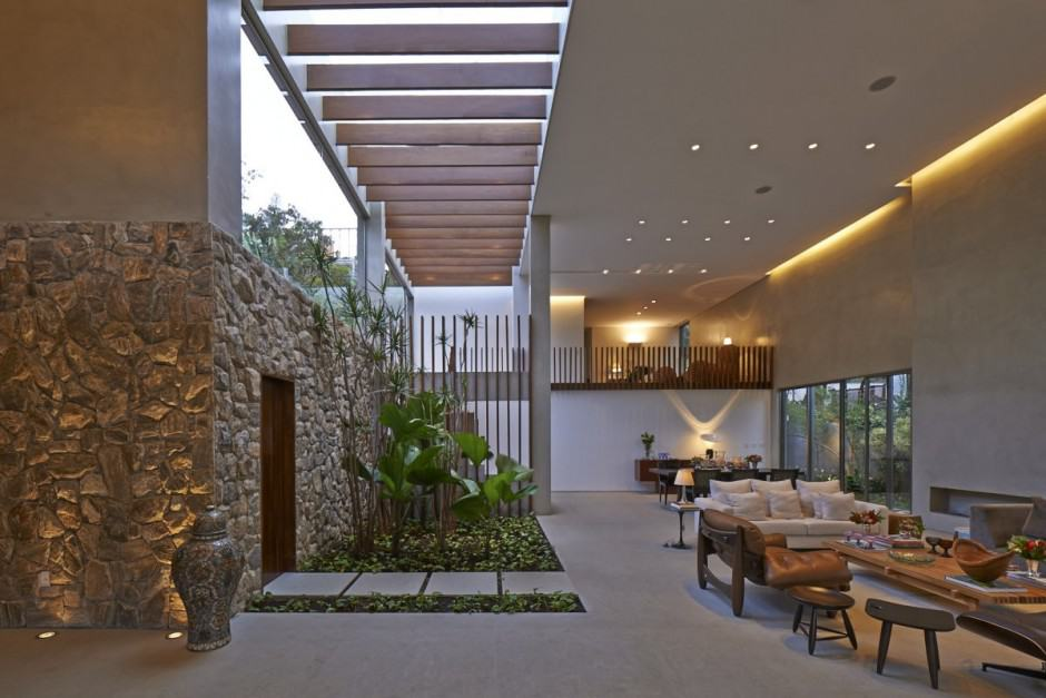 Brazil House with Luxe Garden and Outdoor Living Layout on Garden And Outdoor Living id=91883
