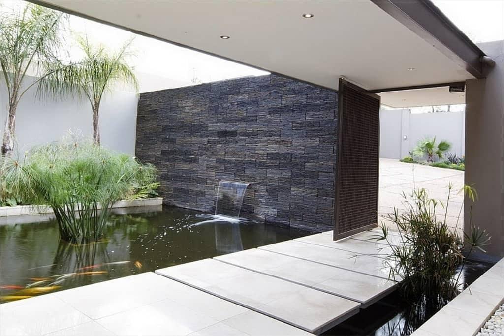 35 Sublime Koi Pond Designs And Water Garden Ideas For Modern Homes | Modern Front Door Steps | Entrance | Bungalow Entrance | Modern House | Contemporary | Garden Entrance