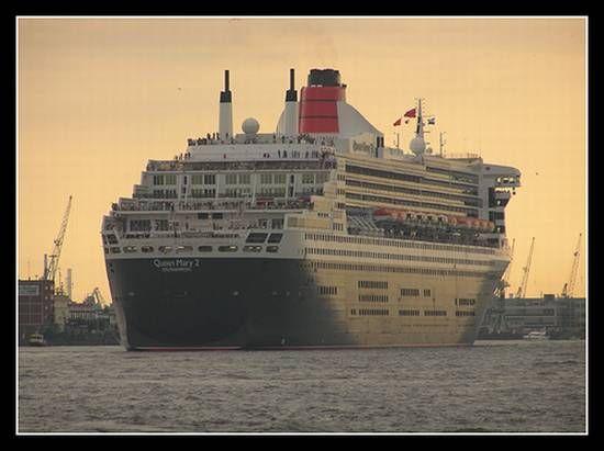Büyük Yolcu Gemi Resimleri(31 Fotograf)