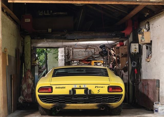 Капсула времени: Lamborghini Miura 1969 (13 фото)