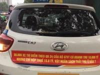 Taxi muốn Thủ tướng thu phù hiệu Uber, Grab vượt quy hoạch