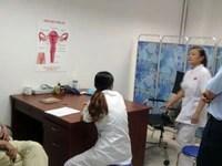Lại tiền mất tật mang ở phòng khám có bác sĩ Trung Quốc