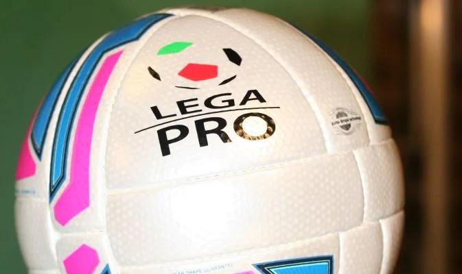 Prima Divisione A: Pro Vercelli, vetta più vicina